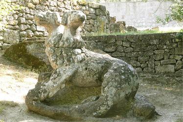 http://carthoris.free.fr/Images/Bomarzo%20-%20Cerb%e8re.jpg